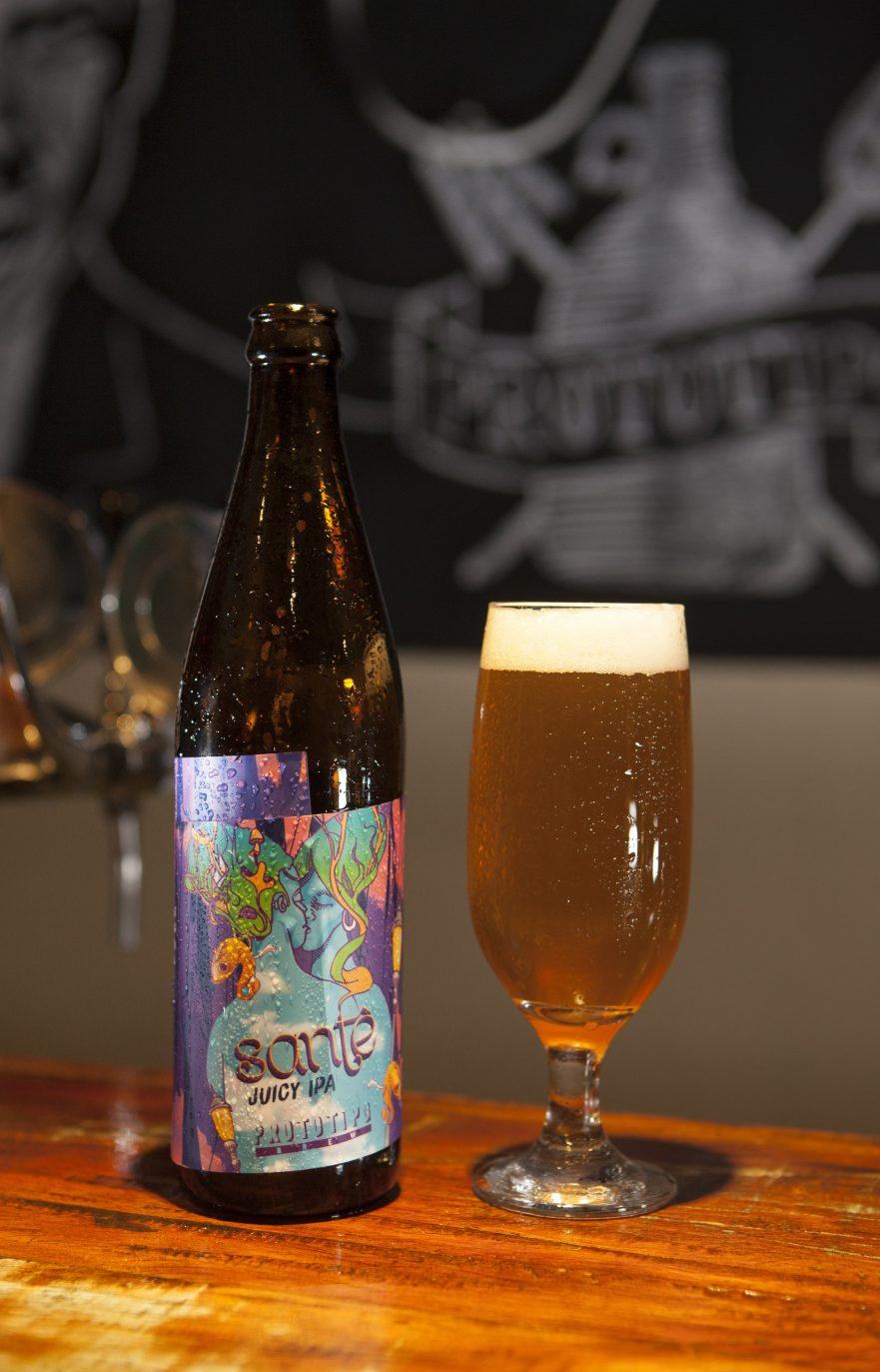 sante-juicy-ipa-da-cervejaria-prototipo-brew-credito-denilton-dias
